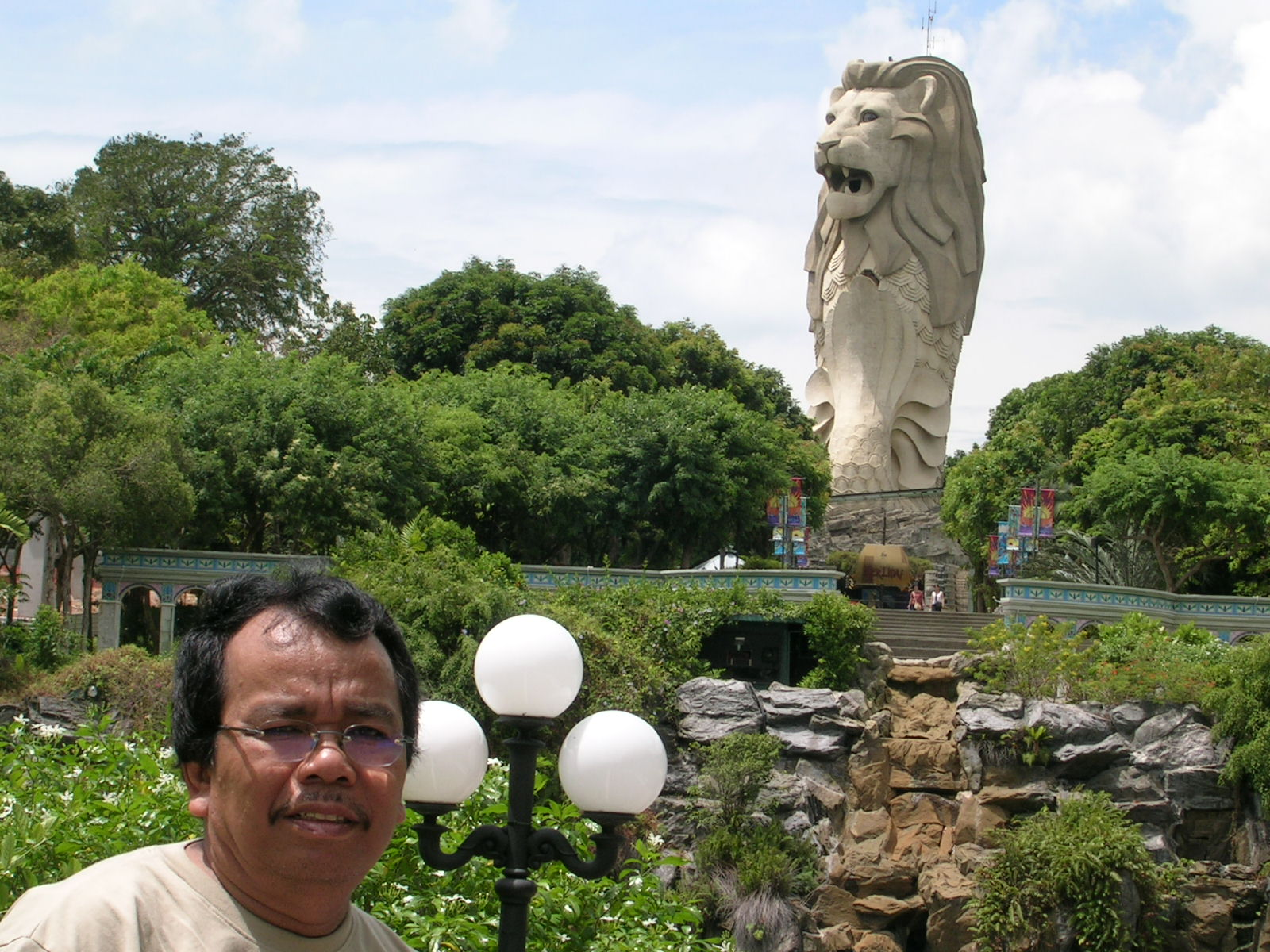 Singa mengaum (Pulau Sentosa)